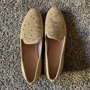STUART WEITZMAN Gold Studded Loafers. 10